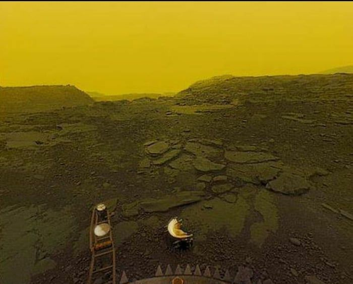 Researchers Discover First Sign Of Life in the Clouds of Venus!